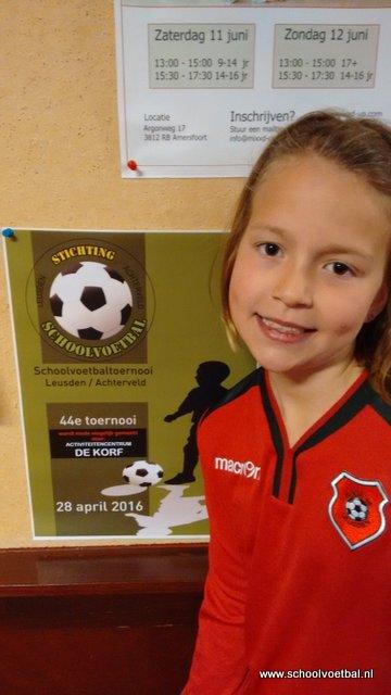 04 sponsoren 2016-04-29 Schoolvoetbaltoernooi (16).JPG